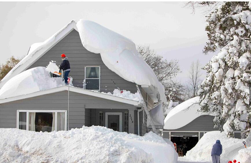 美国东北部遭大雪袭击 屋顶融雪电伴热很有效