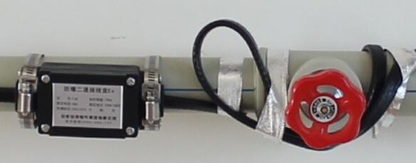 电伴热带安装不可使用不锈钢扎带